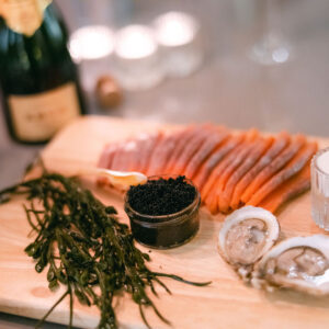 Deluxe special with oysters, caviar and red sockeye salmon
